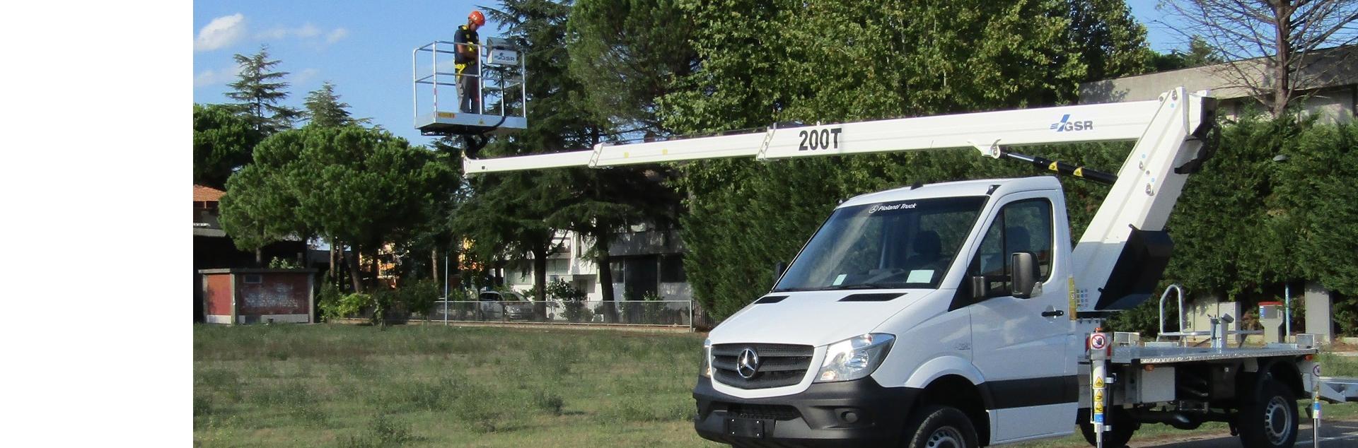 B200T on Mercedes open